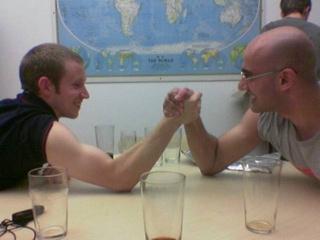 Armwrestle1