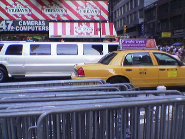 hidden limo crouching passengers