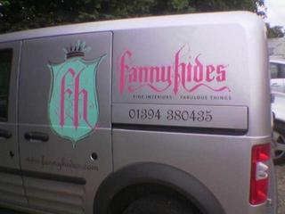 Fannyhides